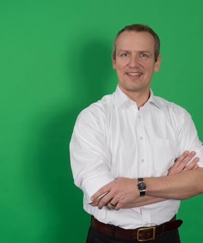 Dr. Tilmann Haar