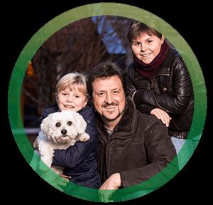 <h3>Familie Weimar mit Liebling Frodo, BürgerGas-Kunden seit 2011</h3>
